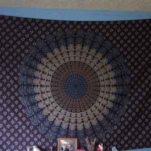 Medallion tapestry